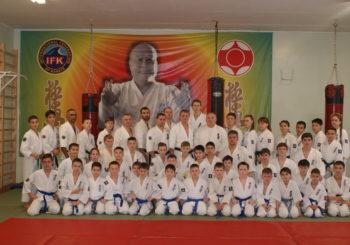 17-18 декабря прошел семинар с шиханом А.И.Танюшкиным. Поздравляем тренеров успешно сдавших  экзамен на мастерскую степень.